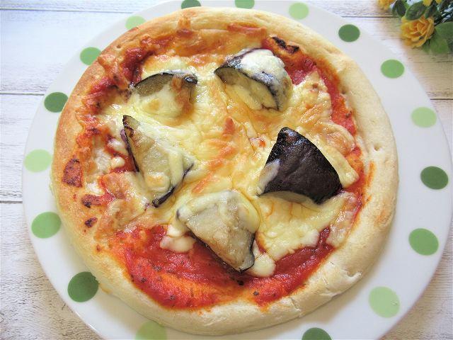 揚げなすのトマトピザの作り方