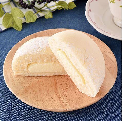 白いレアチーズパン