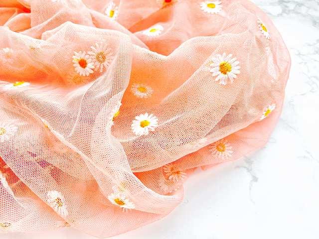 ピンクもガーリーな雰囲気たっぷりで、お値段以上の魅力を感じます!